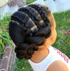 Erstaunliche 10 geflochtene Frisuren für Mädchen 2016-2017