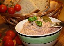 Pikantní pomazánka na chlebíčky Meat, Chicken, Food, Essen, Meals, Yemek, Eten, Cubs