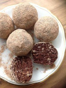 Csak a Puffin Egg Allergy, Hungarian Recipes, No Bake Treats, Cookie Jars, Truffles, Allergies, Dog Food Recipes, Goodies, Pudding