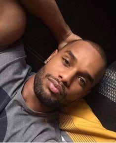 Fashion Trends for Men & Hot Male Models Black Man, Fine Black Men, Gorgeous Black Men, Handsome Black Men, Beautiful Men Faces, Quick Braided Hairstyles, Black Bob Hairstyles, Black Hairstyles With Weave, Black Men Haircuts