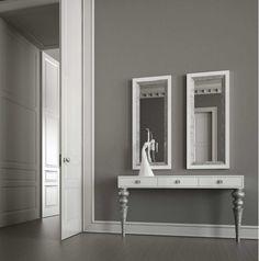 Consola lacada en blanco con patas en plata envejecida - Villalba Interiorismo