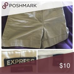 Khaki shorts EUC, cuffed at bottom, hook & eye closure Express Shorts