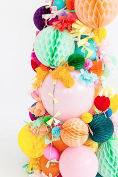 A simple, non-shedding alternative for the holidays: A DIY Pom Pom Christmas Tree idea! Party Box, Party Time, Party Party, Shower Party, House Party, Baby Shower, Diy Christmas Tree, Christmas Time, Christmas Decorations