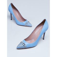 Pre-owned Gucci Blue Leather Studded Pointed-Toe Pumps ($295) ❤ liked on Polyvore featuring shoes, pumps, blue shoes, gucci shoes, stiletto shoes, pointy toe stiletto pumps and stiletto pumps