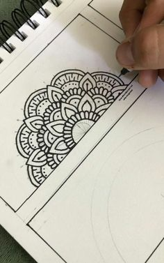 ideas for drawing easy ideas mandalaBest Picture For mandala drawing ideas For Your TasteYou are looking Mandala Doodle, Easy Mandala Drawing, Mandala Art Lesson, Doodle Art Drawing, Simple Mandala, Zentangle Drawings, Mandala Painting, Zen Doodle, Diy Painting