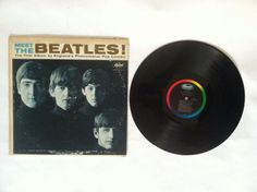 Meet the Beatles_Mono_Capitol Rainbow_Vinyl Record Beatles Mono, The Beatles, Lp Vinyl, Vinyl Records, Classic Rock Albums, Beatles Albums, Drums, Guitars, Meet