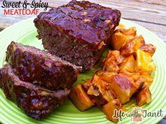 SIMPLE CROCK POT MEATLOAF Spicy Meatloaf Recipe, Meatloaf Recipes, Meat Recipes, Crockpot Recipes, Cooking Recipes, Beef Recepies, Celiac Recipes, Goulash Recipes, Delicious Recipes