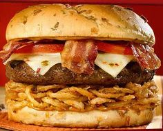 A1 peppercorn burger ~ Hardwood-smoked bacon, melted Pepper-Jack cheese, A1 Peppercorn Spread, crispy onion straws and fresh tomatoes on an onion bun. One of my all time favs @ Red Robin.