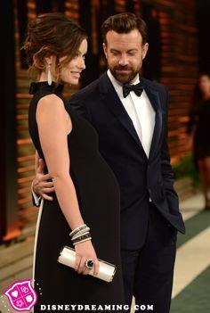 Olivia Wilde's baby bump at the Vanity Fair Oscars Party