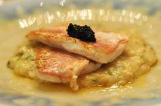 Tábua de Cozinha - salmonetes com açorda de berbigão