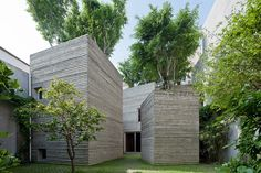 Vo Trong's Tree House, house as planter