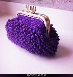 Monedero ganchillo lila