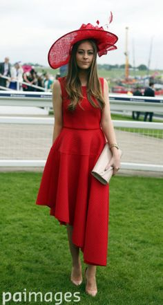 2016 Investec Epsom Derby Festival - Investec Ladies Day - Epsom Racecourse - Images - Press Association Furlong Fashion Racing Style Fashion At The Races Ascot Outfits, Derby Outfits, Style Fashion, Fashion Ideas, Fashion Outfits, Ladies Day Outfits, Epsom Derby, Royal Ascot Hats, Rouge