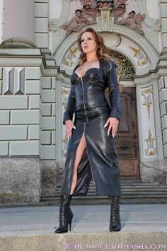 Crazy Outfits, Sexy Outfits, Fashion Outfits, Womens Fashion, Leather Mini Dress, Leather Dresses, Leder Outfits, Skirt Outfits, Leather Fashion