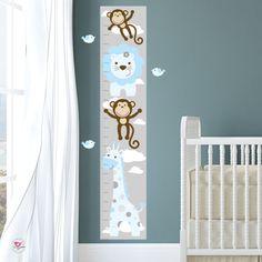 Verzauberte Interiors Jungle Wandtattoo Aufkleber Prämie selbst Klebstoff Stoff Kinderzimmer Wandkunst Blaue, weiße und graue Farbgebung Größe ca.: 83 hoch x 141 breit Bestechen Sie Ihr Baby Phantasie mit unserer freundlichen Dschungel Tiere Löwe, Giraffe, Elefant, Krokodil und Zebra und natürlich viele freche Äffchen mit. Einfach schälen und stick um zu Ihrem Kinderzimmer Babyzimmer innerhalb von Stunden zu verwandeln. In der Safari-Wand-Sticker-Szene enthalten sind über 100…