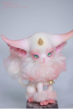 www.doll-zone.com Cute Fantasy Creatures, Mythical Creatures Art, Cute Creatures, Anime Dolls, Doll Repaint, Ooak Dolls, Ball Jointed Dolls, Cute Dolls, Clay Art