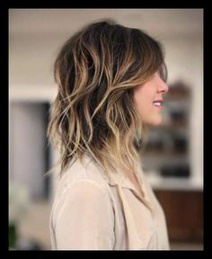 50 Best Variations of a Medium Shag Haircut for Your Distinctive Style | WomanAdvise - WOMANADVISE.COM