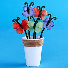 Super cute DIY Butterfly Bouquet! Great craft for your kids!