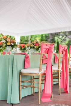 mint green and pink wedding table inspiration (change to purple and teal) Mint Table, Green Table, Coral Tables, Coral Chair, Wedding Centerpieces, Wedding Decorations, Centerpiece Ideas, Stage Decorations, Pink Decorations