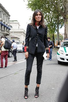 Emanuelle Alt in black pants, white t-shirt, booties and military blazer