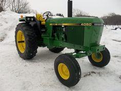 John Deere 318 garden tractor with snow blower and Zamboni ...