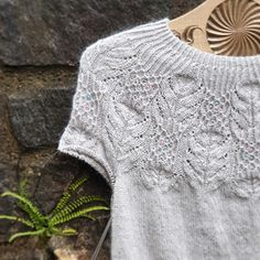 Ravelry: Azami Sweater pattern by Valentina Bogdanova Sweater Knitting Patterns, Lace Knitting, Knitting Designs, Knitting Projects, Knit Crochet, Crochet Patterns, Knitting Tutorials, Crochet Granny, Vintage Knitting