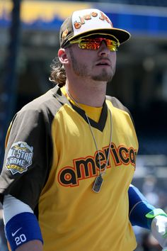 Josh Donaldson Photos - Josh Donaldson of the Toronto Blue Jays warms up prior to the Annual MLB All-Star Game at PETCO Park on July 2016 in San Diego, California. - MLB All-Star Game Mlb Uniforms, Baseball Uniforms, Blue Jay Way, Josh Donaldson, Toronto Blue Jays, Sports Stars, Cristiano Ronaldo, All Star, San Diego