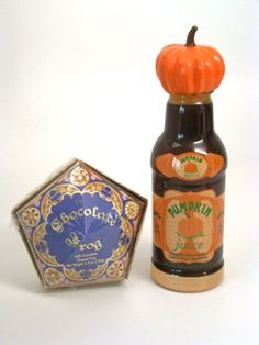 Wizarding World Harry Potter Honeydukes Chocolate Frog Pumpkin Juice Set *** Continue to the product at the image link. (This is an affiliate link) Harry Potter Candy, Harry Potter Food, Harry Potter Artwork, Pumpkin Juice, Chocolate Frog, Candy Making, Candy Shop, Gourmet Recipes, Disney