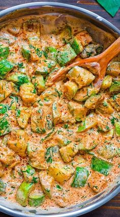 This Creamy Zucchini Sauce is bursting with flavor! Made with paprika-roasted zu. - This Creamy Zucchini Sauce is bursting with flavor! Made with paprika-roasted zucchinis, sour cream - Veggie Dishes, Veggie Recipes, Cooking Recipes, Healthy Recipes, Zucchini Dinner Recipes, Cooked Vegetable Recipes, Zuchinni Recipes, Vegetarian Recipes No Pasta, Best Food Recipes