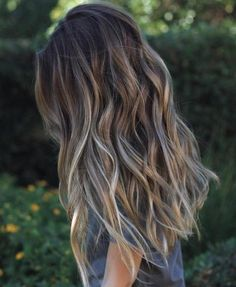 Long Brown Hair With Gray Highlights #WomenHairHighlightsColour