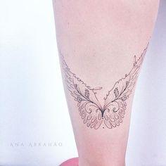 "N A S C I. C O M. A S A S. ""Vou aonde eu me levar."" Feather Tattoos, Rose Tattoos, Tatoos, Tattoo 2017, I Tattoo, Eye Enlarging Makeup, Tattoo Feminina, Butterfly Wings, Future Tattoos"