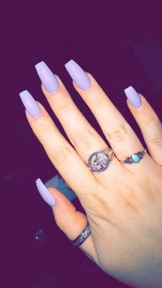 Coffin nails, purple nails