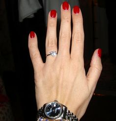 Keeping up with the Joneses: Nails of the week- OPI Gelcolor in Malaga Wine