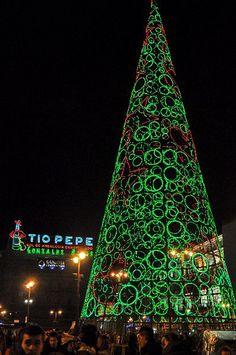 MADRID - 20101226/15 - LUCES DE NAVIDAD / CHRISTMAS LIGHTS - PUERTA DEL SOL; DISEÑO: ÁGATHA RUIZ DE LA PRADA | Flickr - Photo Sharing!
