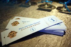 Like this simple, easily DIY idea for the Doljanchi selection raffle ticket.  Raffle ticket DIY