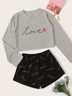 Shop Letter & Heart Print PJ Set at ROMWE, discover more fashion styles online. Cute Pajama Sets, Cute Pajamas, Pajamas Women, Girls Fashion Clothes, Teen Fashion Outfits, Teenage Outfits, Really Cute Outfits, Cute Lazy Outfits, Cool Outfits