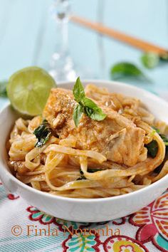 Salmon Curry with Rice Noodles - use konjac noodles and coconut oil instead. Could even be considered Fuel Pull.