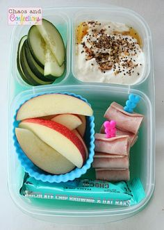 Bread-less sandwiches make a quick and easy lunch! | Packed with @EasyLunchboxes