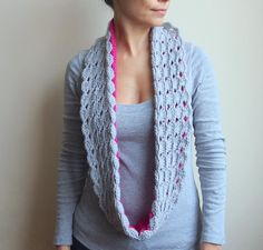 Double face infinity loop scarf