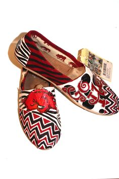 Another view of my Chevron Razorback TOMS!