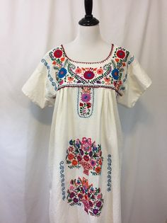 442a79d02 Vintage Boho Embroidered Mexican Oaxacan Tunic Dress. Vestido Bordado ...