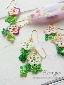 Pretty tatted lace earrings. Cute decorated clover shuttle, too.
