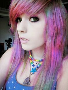 I am so jealous of her hair! Emo Scene Hair, Emo Hair, Emo Makeup, Indie Scene, Mid Length Hair, Hair Tattoos, Punk, Pretty Hairstyles, Scene Hairstyles