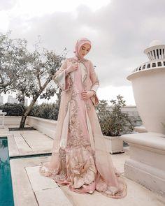 """By Ayu Dyah Andari on Instagram: """"Satu lagi dari koleksi #Lycorisayudyahandari dengan warna dusty pink nya yang menawan 😍😍. Also one of our best seller wedding gown for all…"""""""