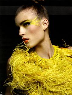 lovelostfashionfound: Jana Knauerová - Vogue... - ...❤ Nuridroes ❤...