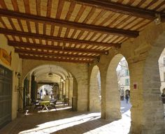 Uzès is a magical bastide town west Avignon, from Roman Nimes & just from UNESCO, Pont du Gard a stunning town with 2 fabulous weekly markets Triomphe, Provence France, France Travel, Travel Guide, Michigan, Pergola, San Francisco, Outdoor Structures, Places