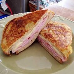 Classic Croque-Monsieur Recipe on Yummly. Ham And Cheese Toastie, Cheese Toasties, Gruyere Cheese, French Toast Sandwich, Lunch Wraps, How To Cook Ham, Famous Recipe, Lunch Snacks, Lunches