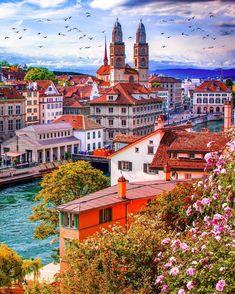 """930 """"Μου αρέσει!"""", 7 σχόλια - The Daily Traveller (@the_daily_traveller) στο Instagram: """"Zurich, Switzerland 🇨🇭 #the_daily_traveller⠀ •⠀ 📷 @constantinamoi⠀ •⠀ Selected by @vsiras⠀ •⠀ Check…"""" Switzerland House, Visit Switzerland, Switzerland Destinations, Switzerland Vacation, Study Abroad, Places To See, Mansions, House Styles, Naturaleza"""