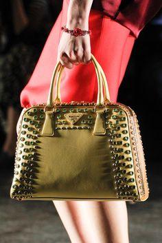 Prada Spring 2012 Ready-to-Wear Fashion Show e68fc966007ae