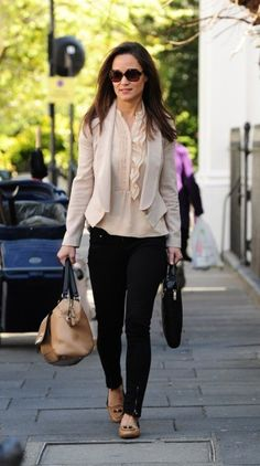 November 14, 2012 - Pippa Middleton is seen walking through Chelsea.